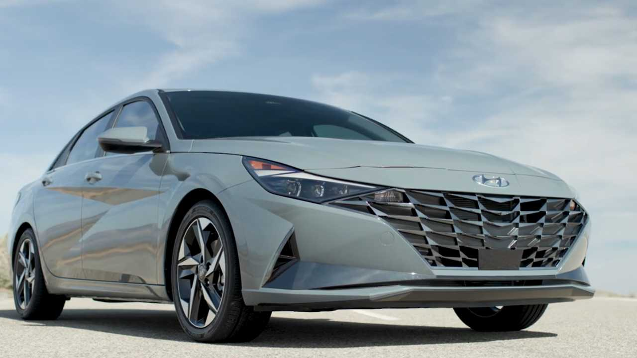 2021 Hyundai Elantra Includes Hybrid Model For The First Time